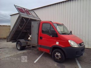 IVECO DAILY 35C13 BENNE ROUGE BB-216-BY