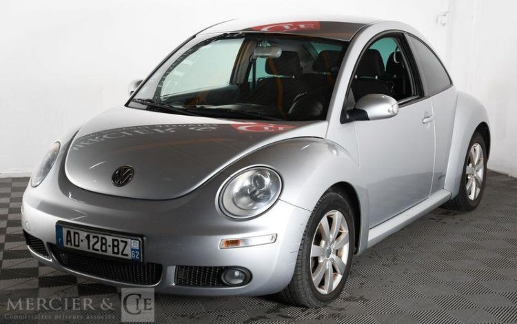 VOLKSWAGEN NEW BEETLE 1,9 TDI 105CH LIMITED GRIS AD-128-BZ