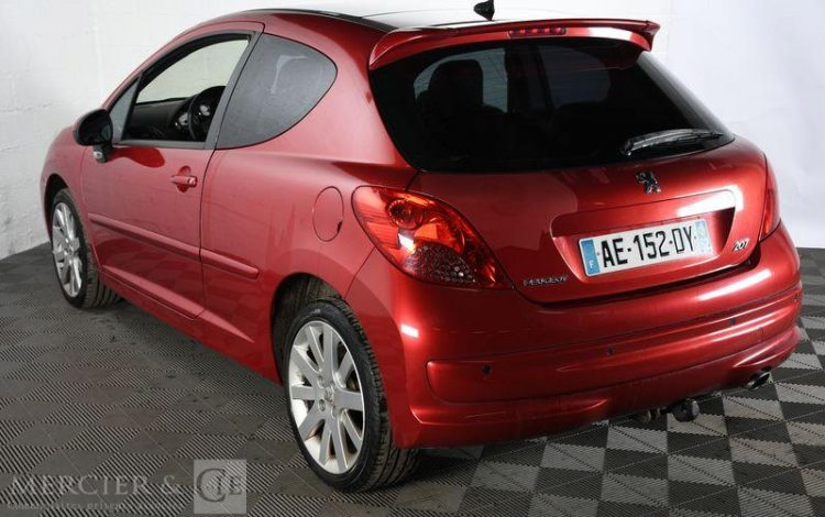 PEUGEOT 207 ROUGE AE-152-DY