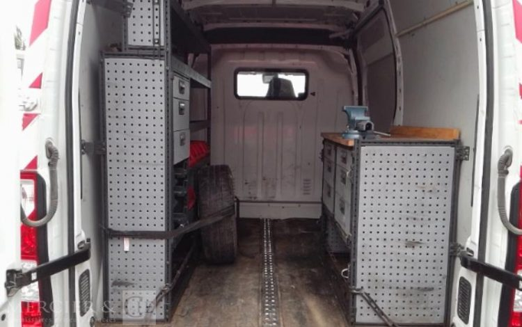 RENAULT MASTER T35 DCI 125  CZ-292-PS