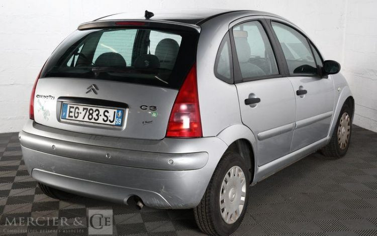 CITROEN C3 1,4I EXCLUSIVE GRIS EG-783-SJ
