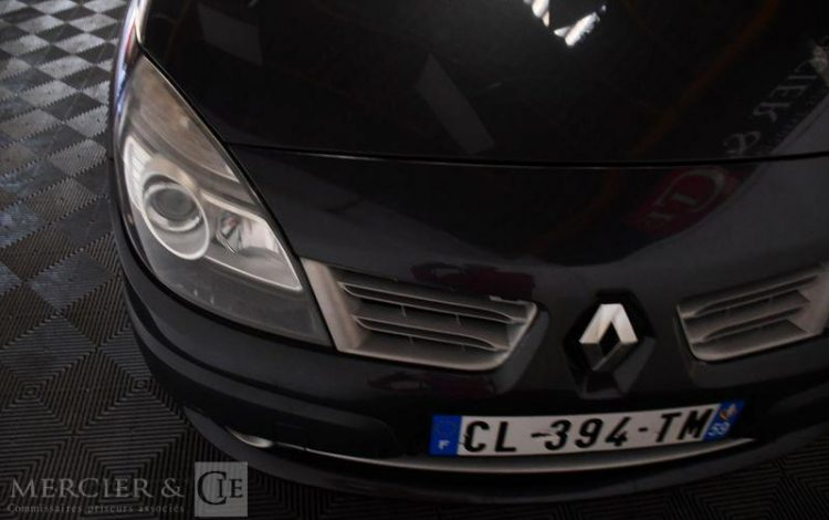 RENAULT SCENIC 1,5DCI105 AUTHENTIQUE GRIS CL-394-TM