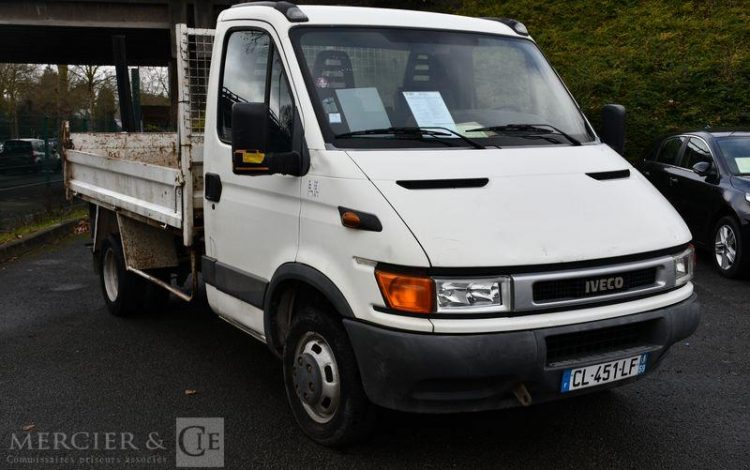 IVECO DAILY CAB 35C10 3T5 BLANC CL-451-LF