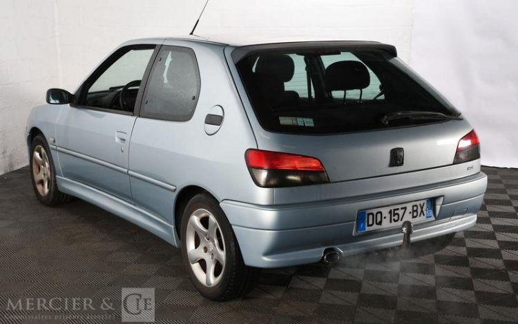 PEUGEOT 306 2,0 HDI XS PACK 3P GRIS DQ-157-BX