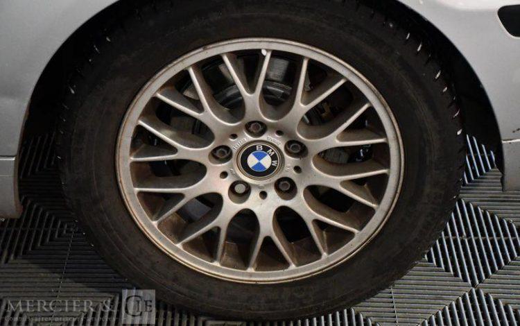 BMW SERIE 3 GRIS DX-655-GY