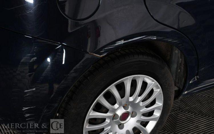 FIAT GRANDE PUNTO 1,2 8V 65 TEAM BLEU EY-722-FT