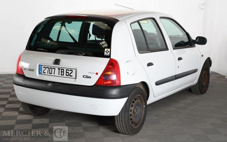 RENAULT CLIO II ESS / GAZ 5PTES  2707TB62