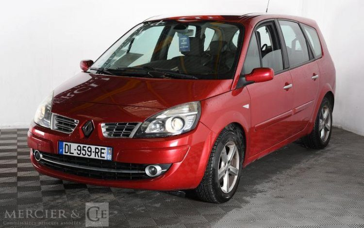 RENAULT GD SCENIC 1,5 DCI 105CH FAP ECO2 ROUGE DL-959-RE
