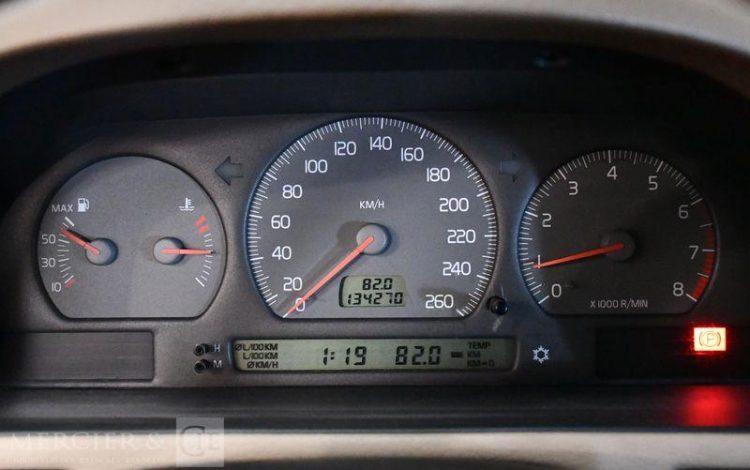 VOLVO C70 2,0 SUMMUM BLEU EY-511-CD