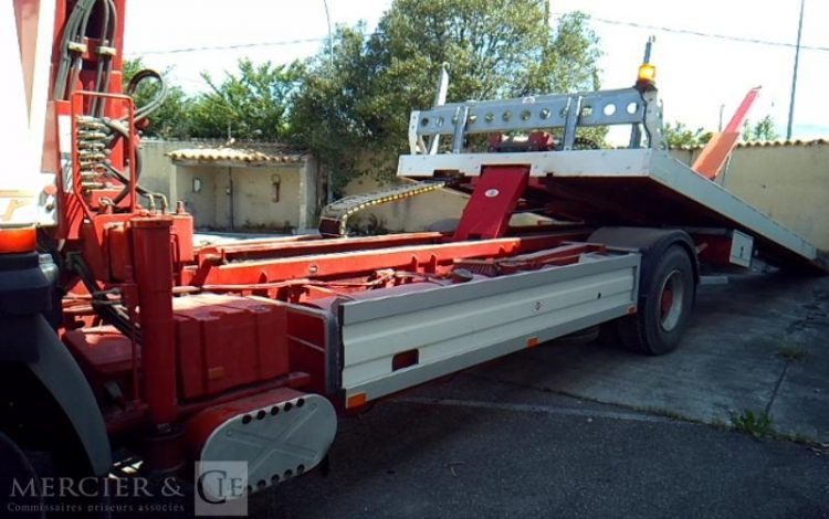 RENAULT DEPANNEUSE R340 19,450T BLANC 2662YG83