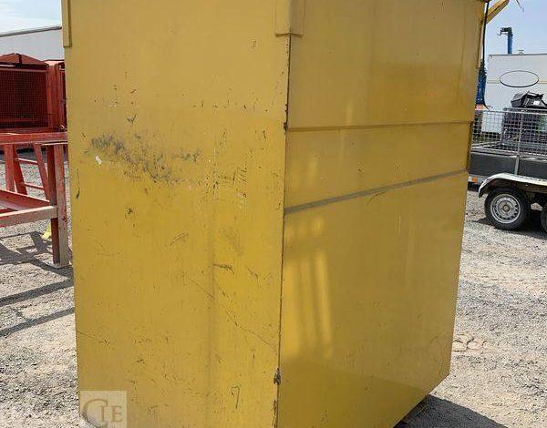 CUVE A FUEL 1200LIT AVEC POMPE DE DISTRIBUTION  CUV010147