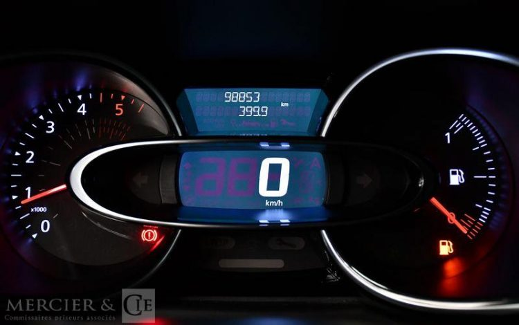 RENAULT CLIO ESTATE BUSINESS ENERGY DCI 90 BLANC ES-523-TY