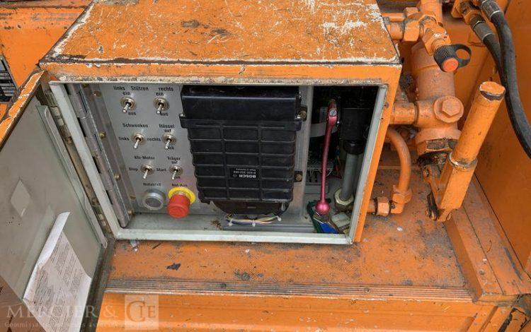 MERCEDES 709D NACELLE 12M  SUEH105