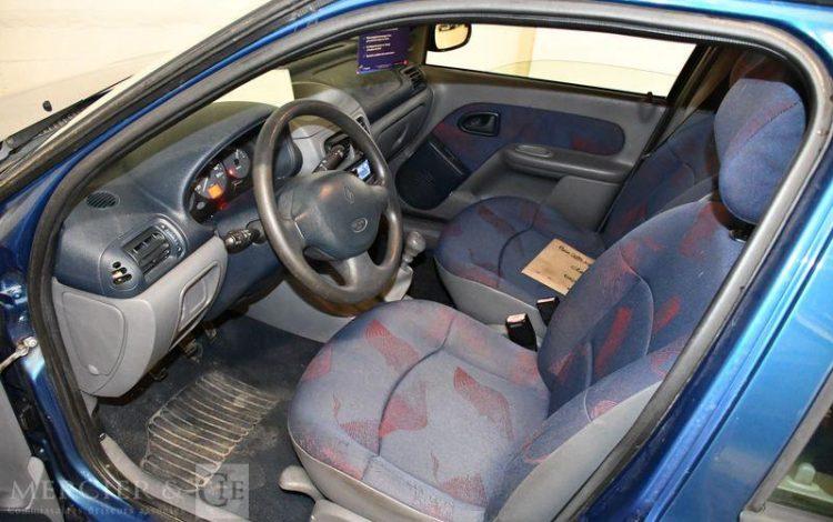 RENAULT CLIO 1.2 58CH AUTHENTIQUE 5P BLEU BX-389-XP