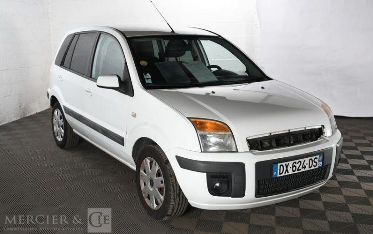 FORD FUSION BLANC DX-624-DS