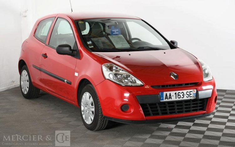 RENAULT CLIO STE 1,5 DCI 70CH ROUGE AA-163-SE