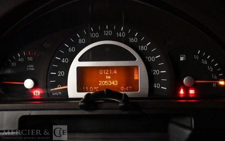 MERCEDES CLASSE G 400 CDI NOIR CJ-312-LX